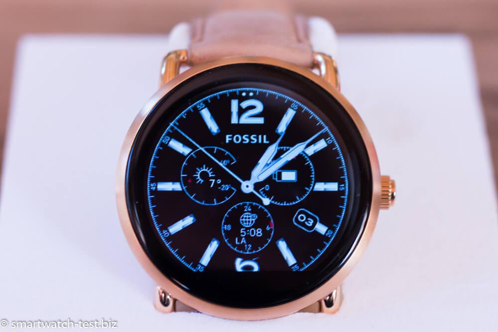Fossil Q Wander mit einem klassischen Watchface