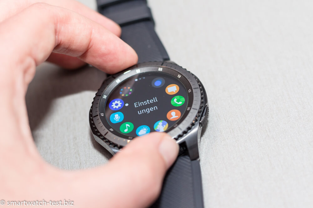 die samsung gear s3 classic und frontier im test. Black Bedroom Furniture Sets. Home Design Ideas