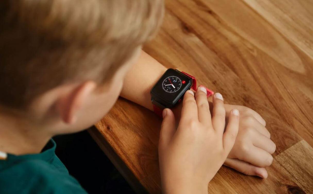 anio-5-kinder-smartwatch